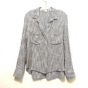 Cloth & Stone Light Weight Plaid Shirt Split Back